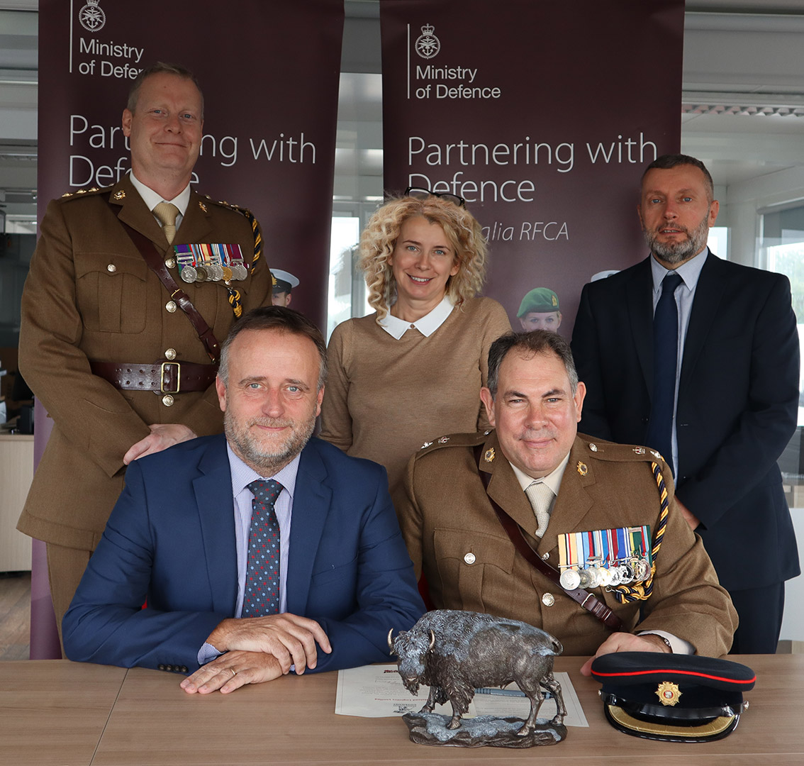 Back L to R: Capt Christian Hughes, 158 Regiment, Royal Logistic Corps; Julie Feltwell, Buffaload Managing Director; Julian Boulton, Compliance Director. Seated L and R: Ian Perks, Business Development Director; Lt Col Andrew Gifford, CO 158 Regiment, RLC